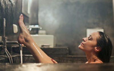 Você já se perguntou se banho muito quente faz mal? Descubra aqui